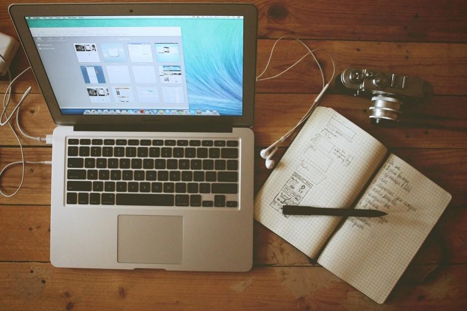 Bisnis Online untuk Mahasiswa dengan Menjadi Blogger Profesional