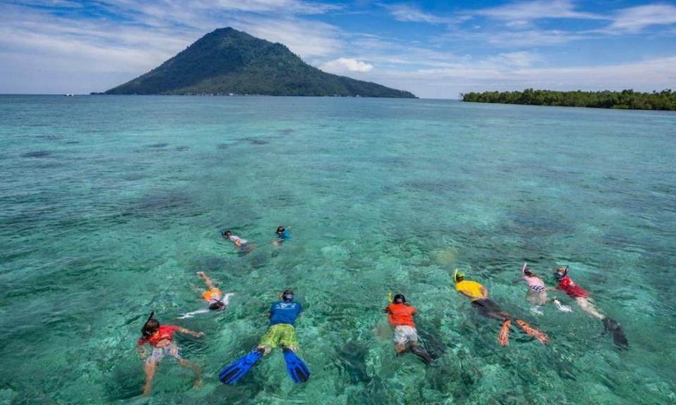 Serunya Festival Bunaken dan Danau Tondano