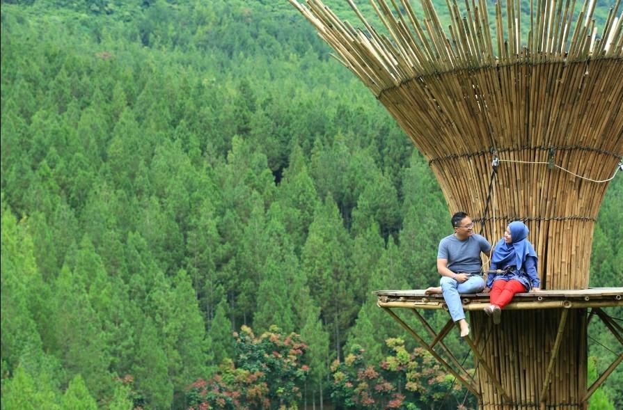 Bamboo Sky di The Lodge Maribaya