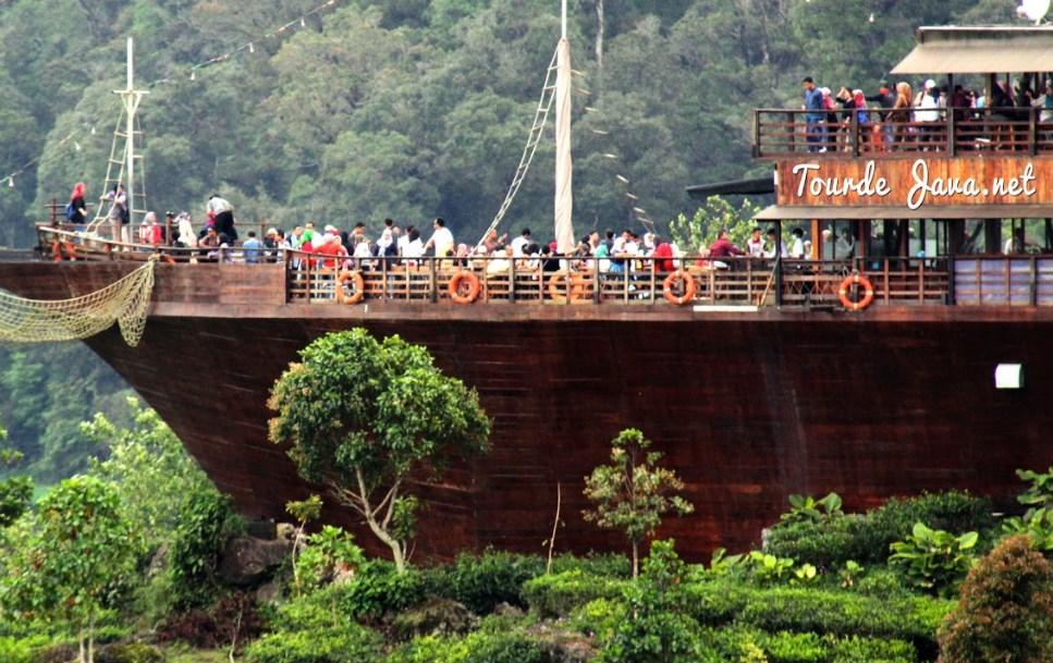 Rekomendasi 10 Tempat Wisata Di Bandung Terpopuler - Dyah ...