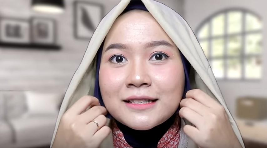 Tutorial Hijab Segi Empat untuk Wajah Bulat Inner Hijab Anti Tembem