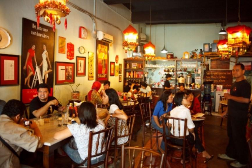 Keunikan Kedai Kopitiam Oey Jakarta
