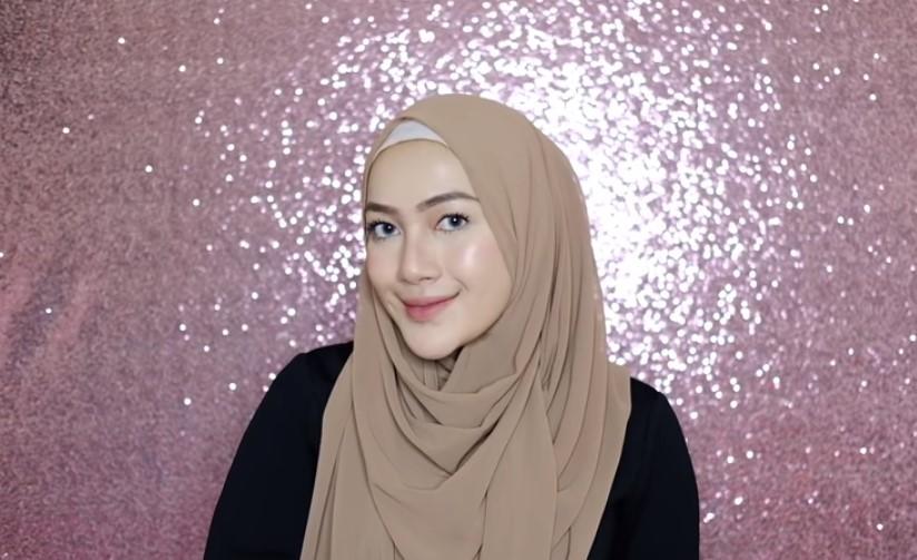 Tutorial Pashmina Simple Hijab Syari SELESAI