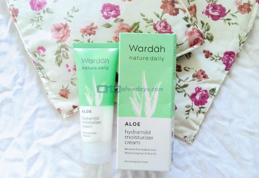 Review Wardah Aloe Vera untuk Kulit BerminyakReview Wardah Aloe Vera untuk Kulit Berminyak