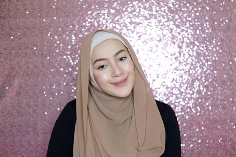 Tutorial Hijab Pashmina Syari untuk Pesta SELESAI