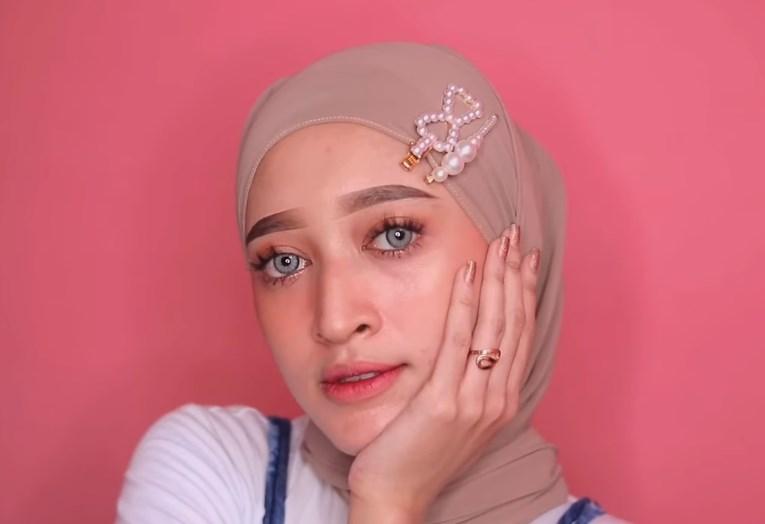Tutorial Hijab Pashmina Simple dan Mudah Kekinian SELESAI