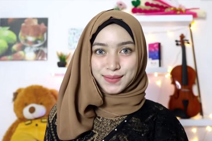 Tutorial Hijab Pesta Elegan Segi Empat SELESAI