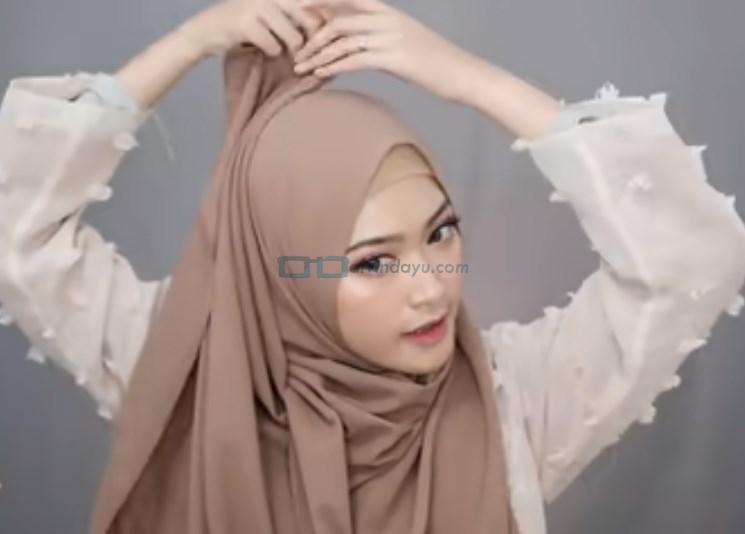 Tutorial Pashmina Simple Syari Modern, Rapikan Hijab Pashmina
