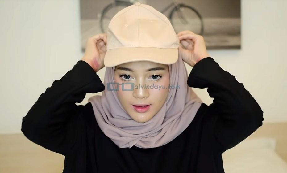 Tutorial Hijab Dengan Topi Baseball Arsip Jual Hijab Instan Dan Baju Muslim Online Faradisafashion Com