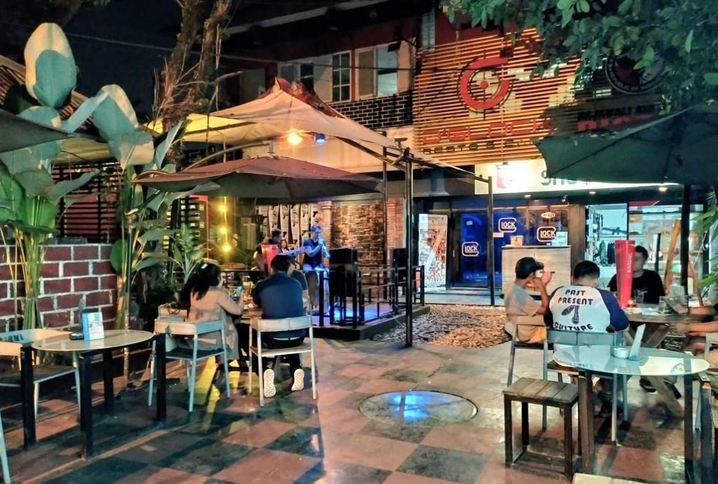 D'Glock Tempat Nongkrong Asik di Bogor 24 Jam