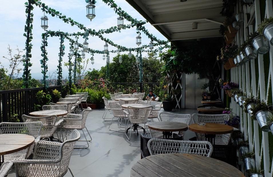Tier Siera Resto Lounge Tempat Nongkrong di Bogor Kota yang Enak