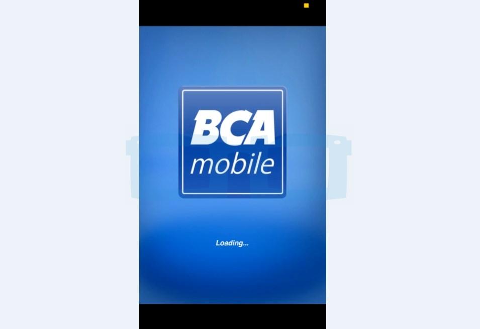 Buka Aplikasi Mobile Banking BCA untuk Top Up Gopay