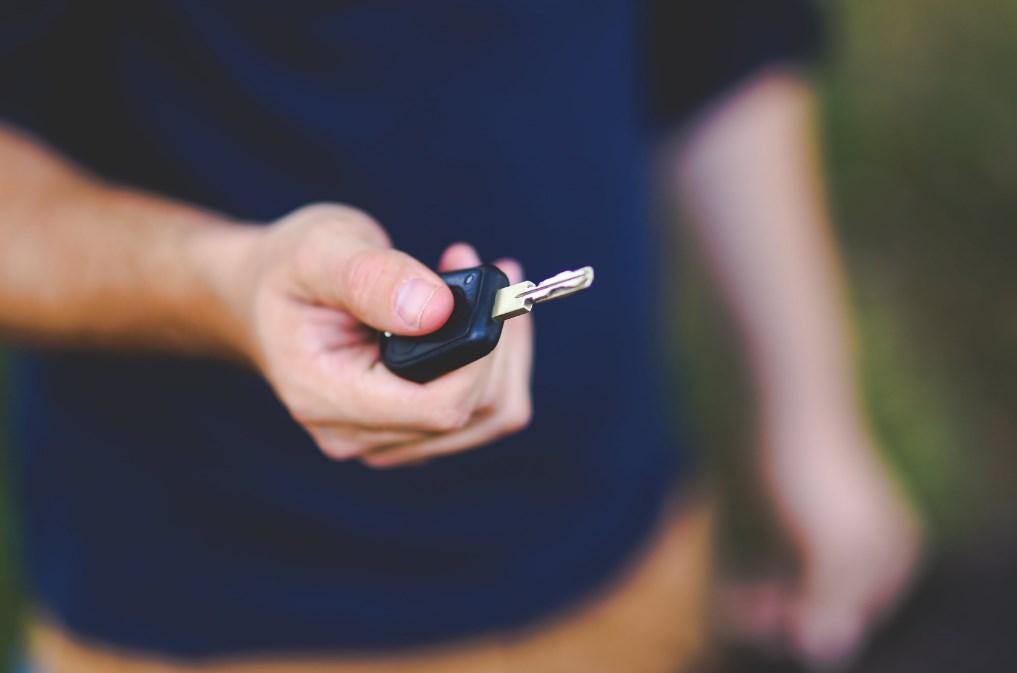 Kelebihan Menggunakan Jasa Sewa Mobil Jogja Lepas Kunci atau Tanpa Sopir