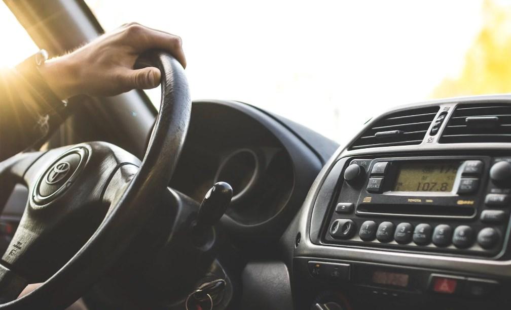 Kelebihan Menggunakan Jasa Sewa Mobil Plus Sopir All in One